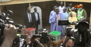 D0Eou1nWsAA7Nlb - #NigeriaDecides: President Buhari Cast Ballot Early in Daura