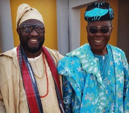 5ca07e25b3a50 - Veteran singer Seyi Sodimu's dad is dead!