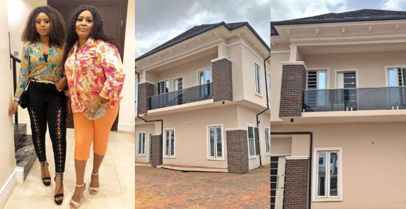 [PHOTOS]: Teen Actress, Regina Daniels Gifts Mama A Beautiful House