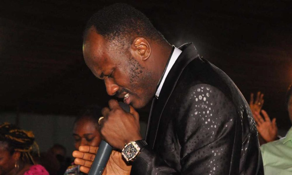"apostsuleman 1000x600 - ""Suleiman, God's Gonna Strike You Down"": Apostle Suleman Attacks Inside His Church – Watch"