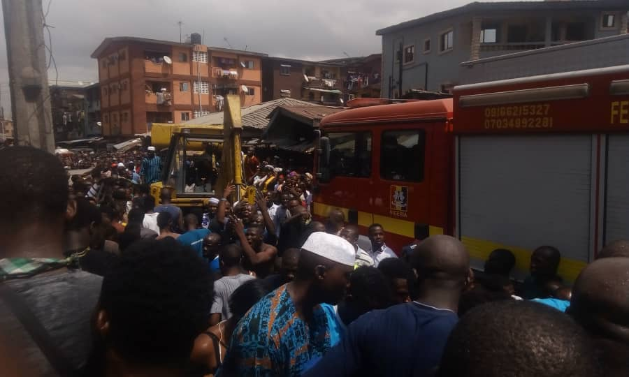 Children Feared Killed As Lagos Building Collapses