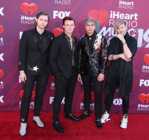 seconds of summer arrive at the 2019 iheartradio music news photo 1130566363 1552609132 - See all the red carpet looks from the 2019 iHeartRadio Awards