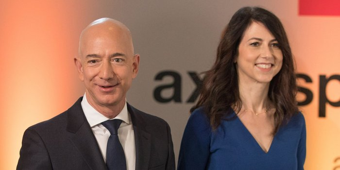 20190404205402 GettyImages 978343438 crop - Makenzie Bezos Becomes World's 4th Richest Woman Following Divorce From Jeff Bezos
