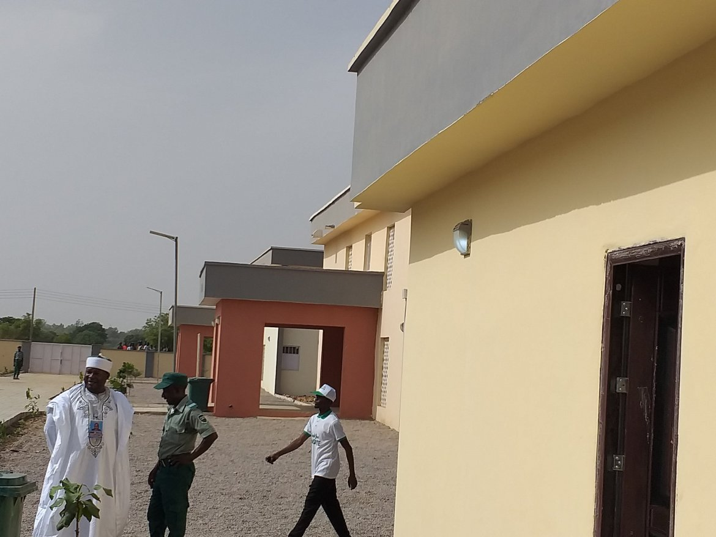 D5LvVIKWkAAeUkU - Richest Man Aliko Dangote Donates New Hostels to ABU Zaria [Pictures]