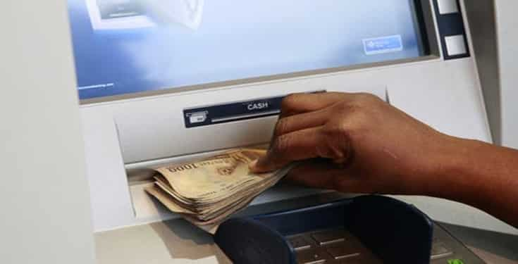 Nigerian man caught withdrawing money without 'ATM card' in Ibadan - Dr Sid raises alarm on criminals cloning ATM in Lagos
