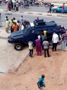 Ondo Bank Attacks - [Photo]: Police Parades One Of The Ondo State Bank Robbers Who Claimed 7 Lives