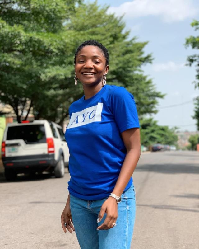 [Photos]: Simi debuts new look and the internet is loving it
