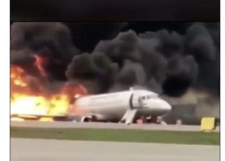 24018834 EEF9 4634 B15A 27C6531B8E65 - [Photos]: 41 dead as plane crashes in Moscow