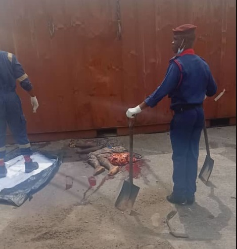 container - [Graphic Photo]: Man Crushed To Death After Container Fell On Him In Iyana Itire