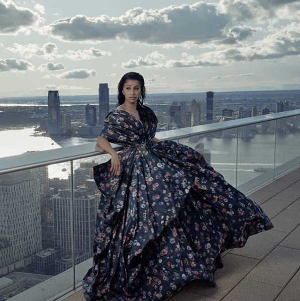 American Rapper, Cardi B Stuns In High Alternative Fashion Outfit (Picture)