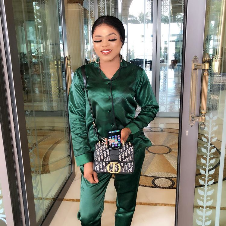 Nigerians Attack Bobrisky In Dubai (Video)