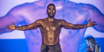 American Singer Jason Derulo Knocks Instagram For Deleting His Semi-Nude Photo