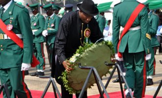 PRESIDENT GOODLUCK JONATHAN LAYING WREATH AT THE 2013 ARMED FORCES REMEMBRANCE DAY CELEBRATION IN ABUJA ON TUESDAY (15/1/13)