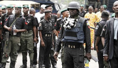 A police officer should submit himself for search, but he searches you - Police spokesperson