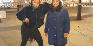 Yemi Alade and mum