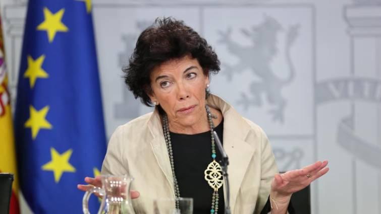 """""""Los hijos no pertenecen a los padres"""". Ministra de Educación, Isabel Celaá/Tw"""
