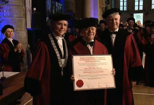 José María Peiró, investido doctor honoris causa por la Universidad de Maastrich - UV
