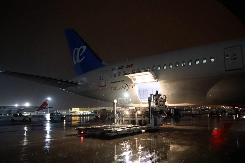 Vuelo de Air Europa con una carga de material sanitario para la Comunidad Valenciana/informaValencia.com
