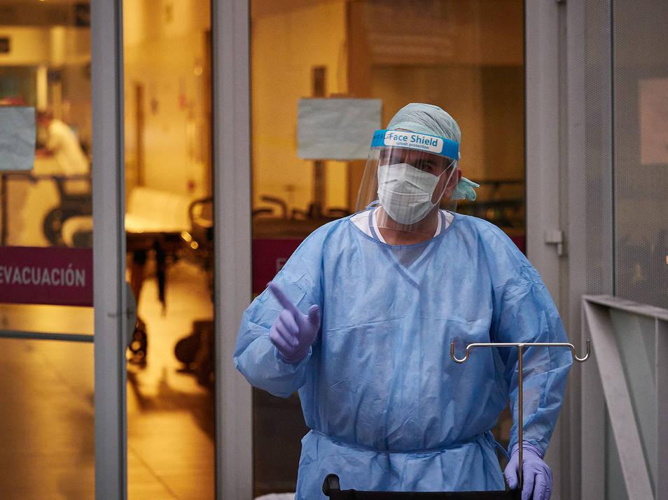 Hasta 1.063 mascarillas defectuosas fueron utilizadas en los hospitales valencianos./twitter