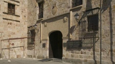 Fachada del Parador de Zamora - informaValencia.com
