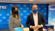 Los portavoces de Educación en Les Corts y en el Senado , Beatriz Gascó y Pablo Ruz, en la sede del PP en Valencia/Img. PPCV