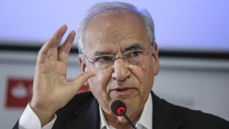 """Alfonso Guerra ha reconocido que que """"muchos españoles tienen un nudo en la garganta"""" por el pacto del Gobierno con Bildu./ Img archivo InformaValencia.com"""