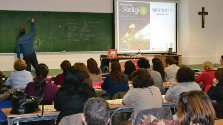 Informe 2020 Panorama de la Religión en la Escuela