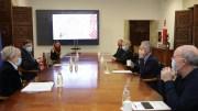 Reunión de trabajo en el Palau de la Generalitat con la consellera de Sanidad Universal, Ana Barceló, y con miembros de la comisión de vacunación de la Comunidad Valenciana/ GVA
