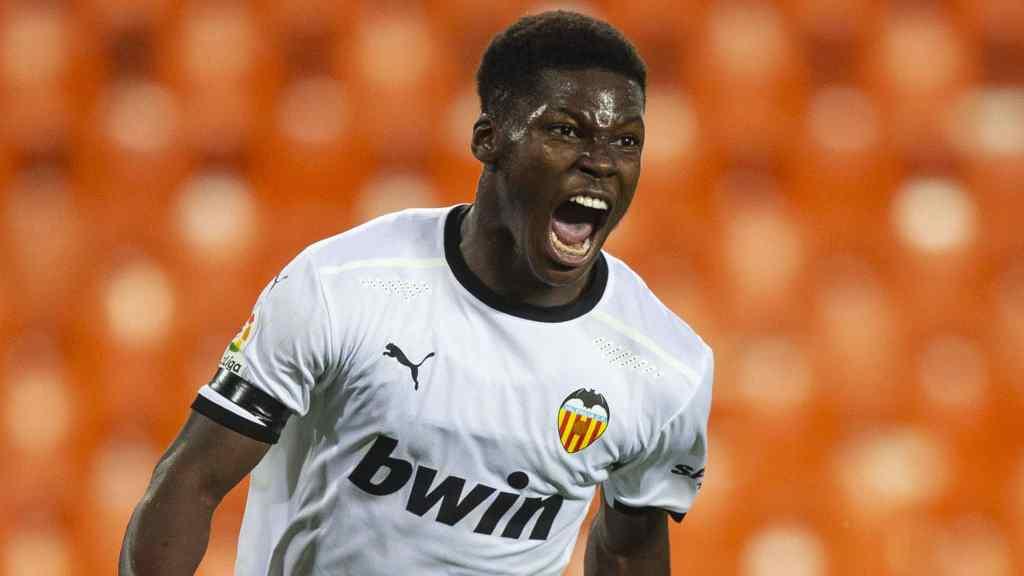 Yunus marcó el primero del Valencia, un gran gol. /VCF