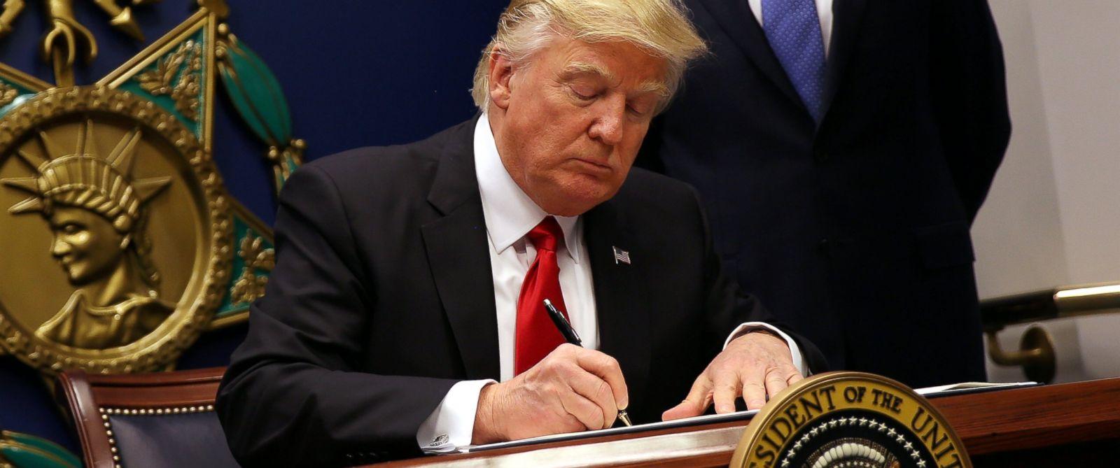 RTR-Trump-ImmigrationEO-jrl-170131_12x5_1600_1498566648702.jpg