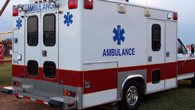Ambulance generic red and white95540600-159532