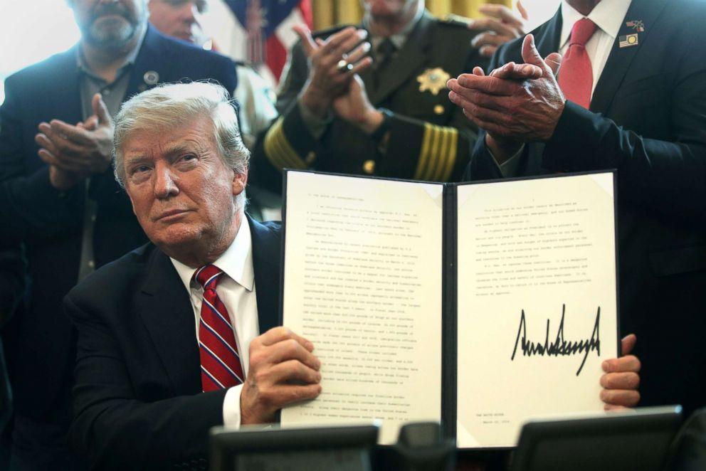 trump-veto-signature-gty-ps-190315_hpEmbed_3x2_992_1552683981231.jpg