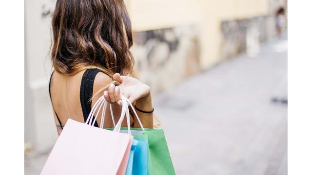 woman shopping credit Pixabay_1560338998579.jpg_91879417_ver1.0_640_360_1560343962828.jpg.jpg