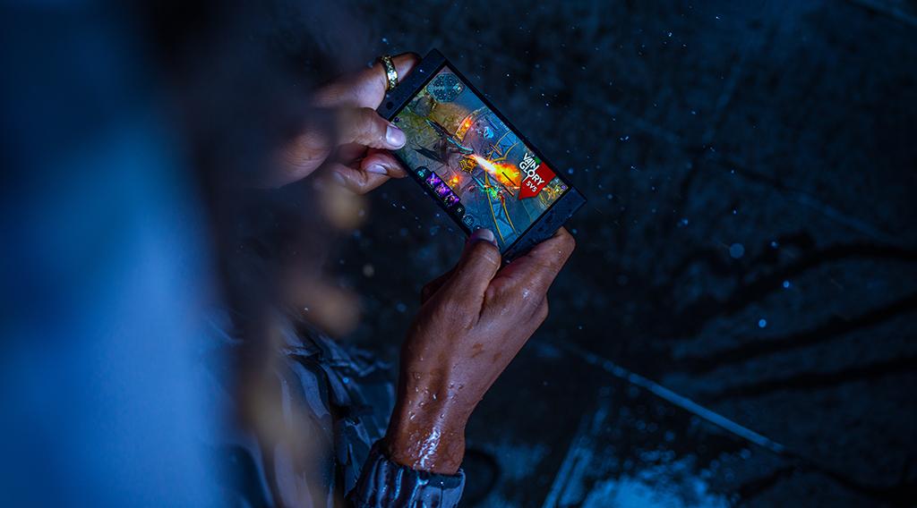 Razer Phone 2 : Lifestyle shoot