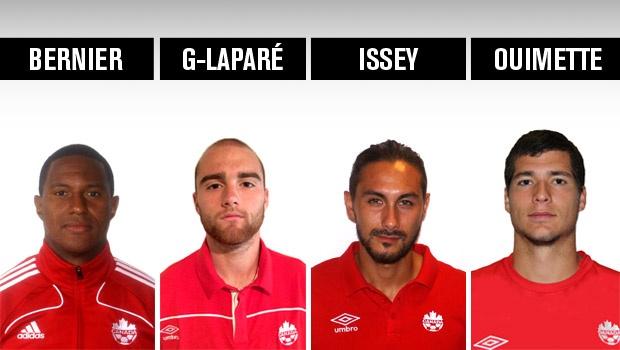Bernier, Gagnon-Laparé, Nakajima-Farran et Ouimette avec l'équipe nationale canadienne