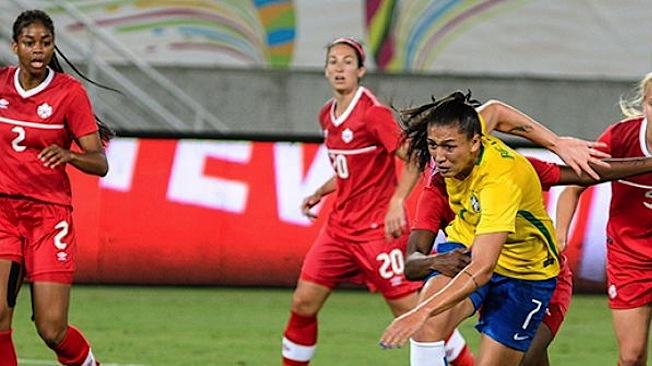 Défaite du Canada 2:1 contre le Brésil lors du troisième match de groupe à Natal