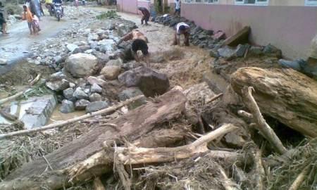Banjir Bandang di Solok Selatan