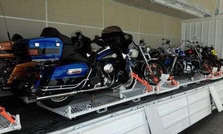 JNE menghadirkan layanan khusus bagi pecinta sepeda motor