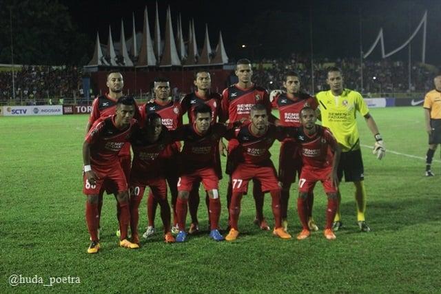 Semen Padang berhasil mengandaskan PSM Makasra, 2-1 pada laga perdana TSC 2016
