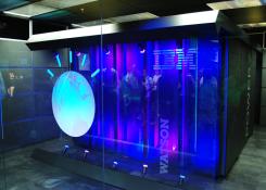 Surgem os primeiros aplicativos da parceria entre IBM e Apple.