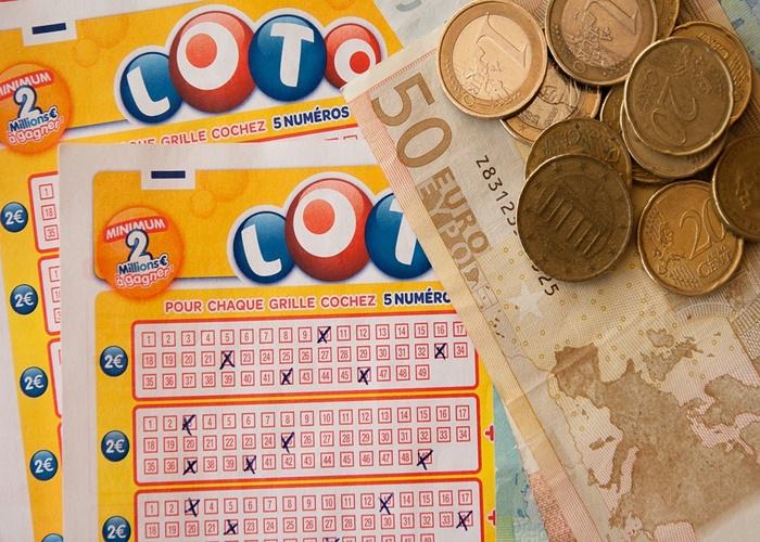 Loterias - Vantagens e Desvantagens dos Jogos Online