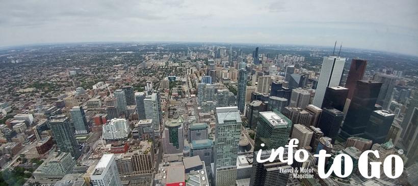 Explora Toronto como un local