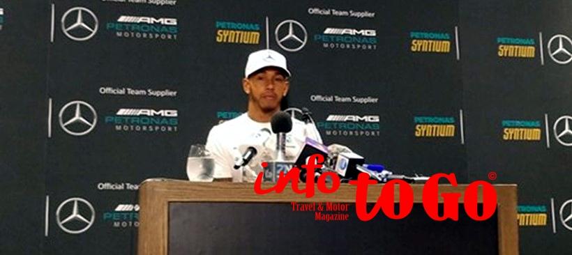 Lewis Hamilton, asiste al evento Petronas en CDMX
