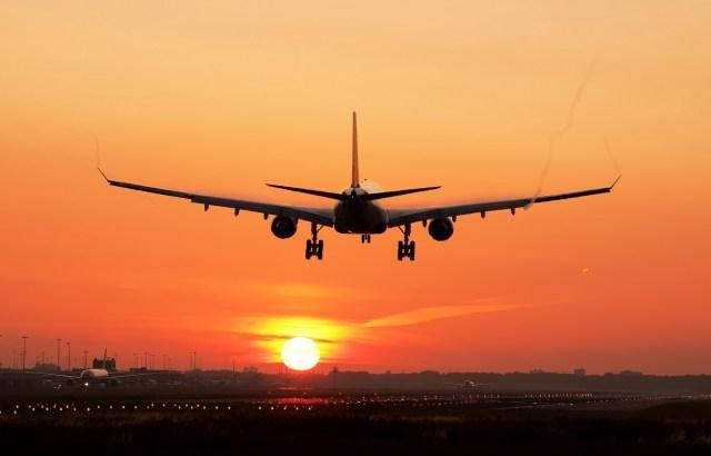 Когда начнутся авиарейсы из Украины за рубеж?