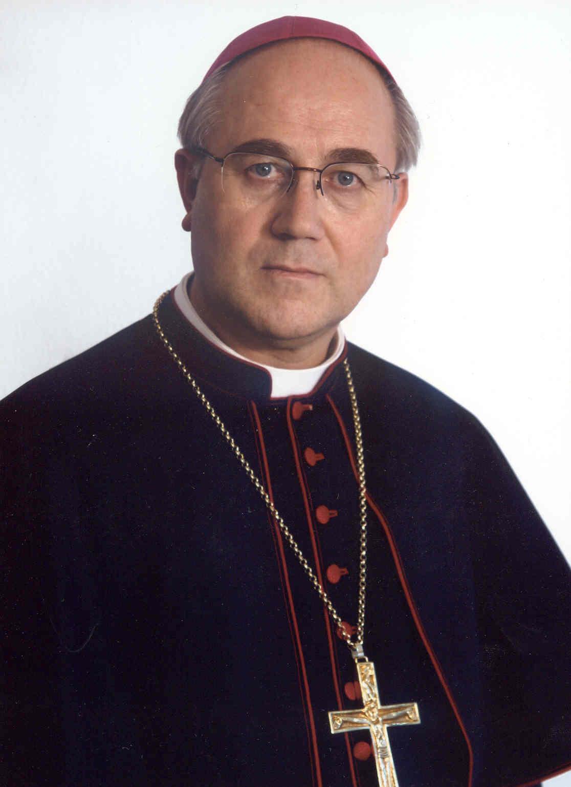 Resultado de imagen de Mons. Adolfo González Montes,