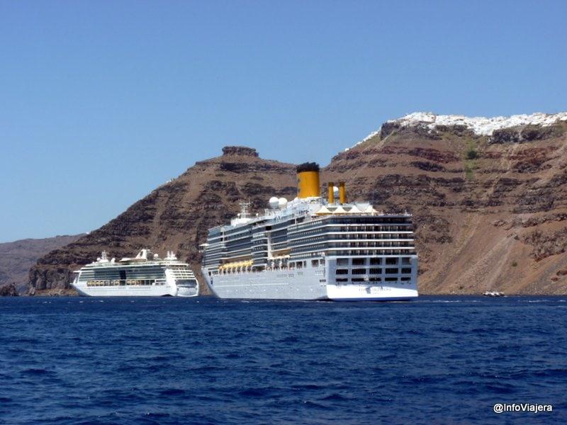 Cruceros_Desde_Catamaran_Santorini_Grecia