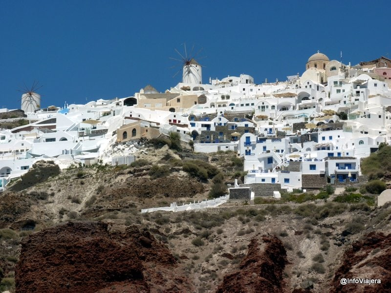 Vista_Pueblo_Desde_Paseo_Catamaran_Santorini_Grecia