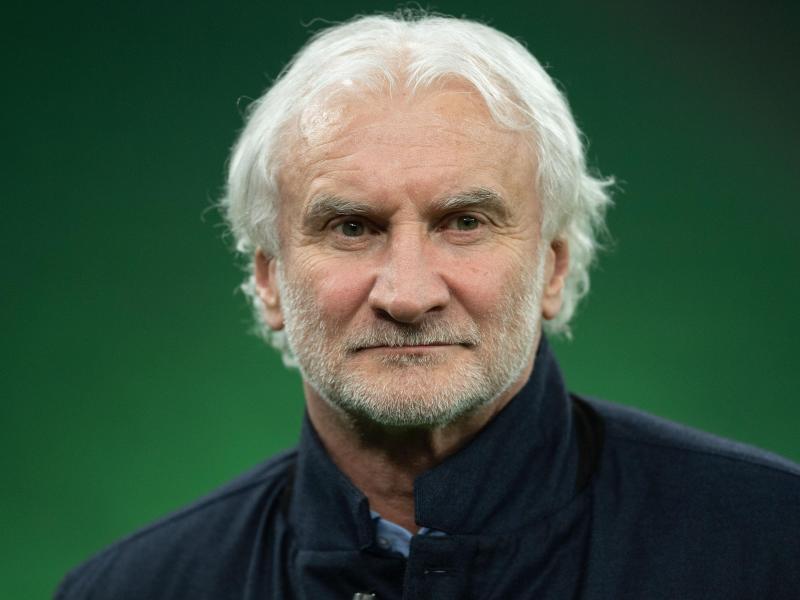 Wünscht sich eine Nachjustierung beim Hygiene- und Sicherheitskonzept der Deutschen Fußball Liga: Rudi Völler. Foto: Marius Becker/dpa