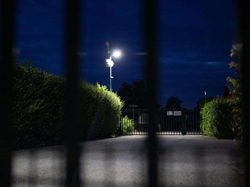 Einer der Tatorte im aktuellen Missbrauchsfall, eine Kleingartenanlage in Münster. Foto: Marcel Kusch/dpa