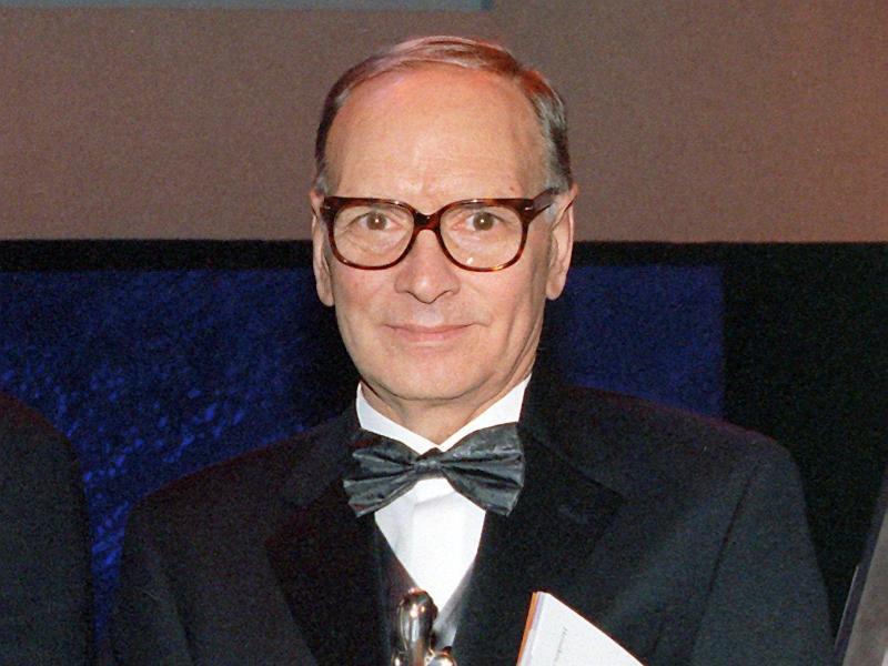 Ennio Morricone bei der Verleihung des Europäischen Filmpreises 1999. Foto: Nestor Bachmann/Zentralbild/dpa